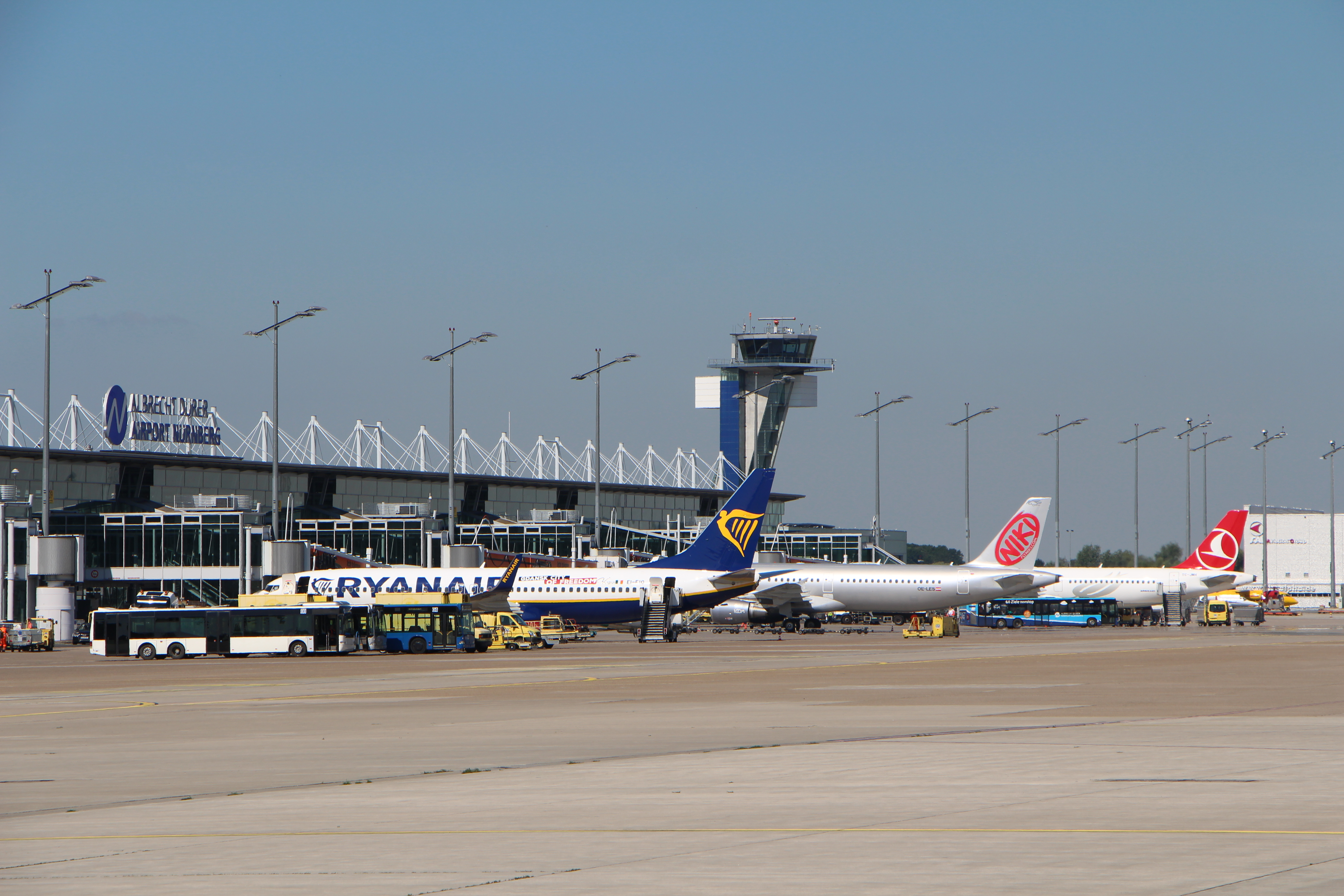 Hauptsaison am Airport Nürnberg: Über 600.000 Fluggäste erwartet